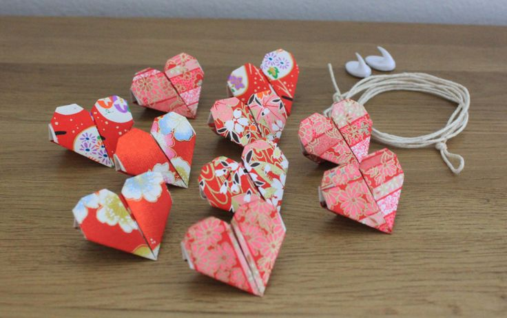 Red Heart Origami Bunting by OzigamiDesigns on Etsy