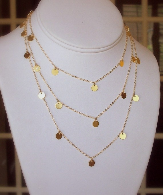 courtney cox cougar town necklace tiny discs long gold. Black Bedroom Furniture Sets. Home Design Ideas