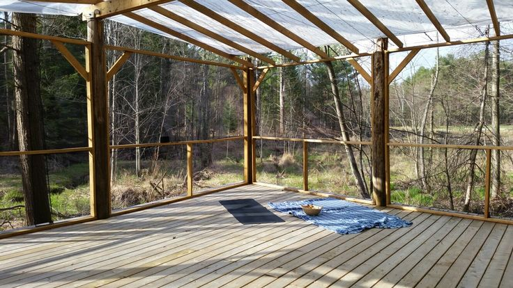 Place your mat here for a beautiful yoga class in the forest. Pura Vida Soul Institute, Muskoka, Ontario. Www.puravidamuskoka.com