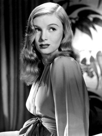 veronica lake's hair still holds up.