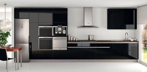 Diseño de cocinas en lineas rectas: http://imagenesdecocinas.com/diseno-cocinas-lineas-rectas/