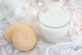 BISCOTTI INZUPPOSI senza glutine, una ricetta molto semplice da preparare, perfetta per la colazione di tutti, intolleranti e non. Questi...