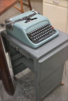 find a vintage typewriter stand to hold my electric typewriter in the craft room