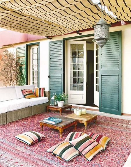 Colourful Patio Lounge | House & Home | Photo via Home Design Blog
