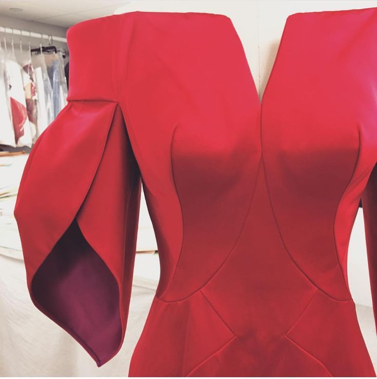 "22.4k Likes, 200 Comments - Zac Posen (@zacposen) on Instagram: ""Sculpting satin. #zacposen #fw17 #cfdanyfw #madeinnyc"""
