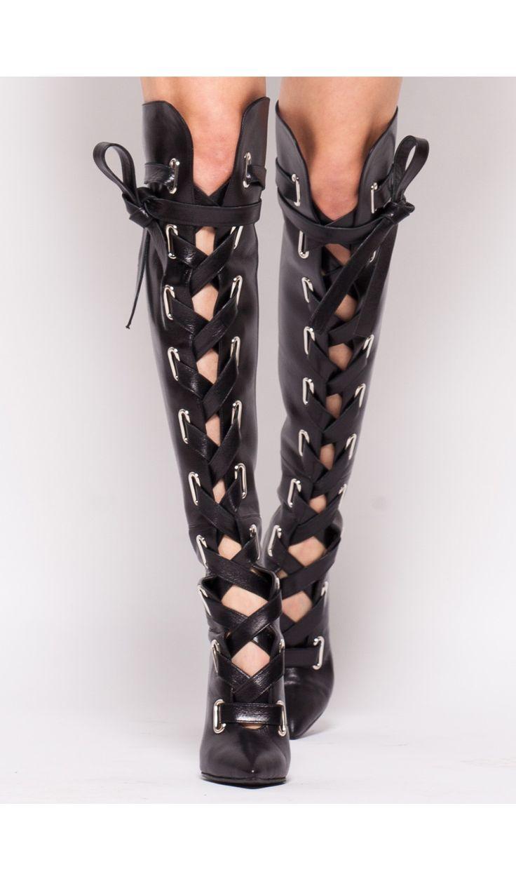 Cizme lungi cu sireturi late din piele #boots #cizme #leather  #moja