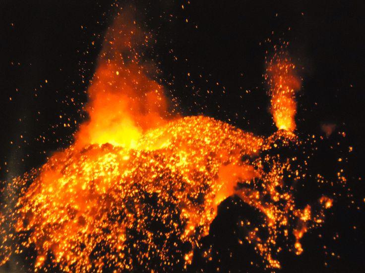 mt. stromboli eruption