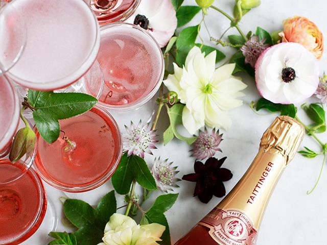 How To Build Champagne Tower   TheNest.com