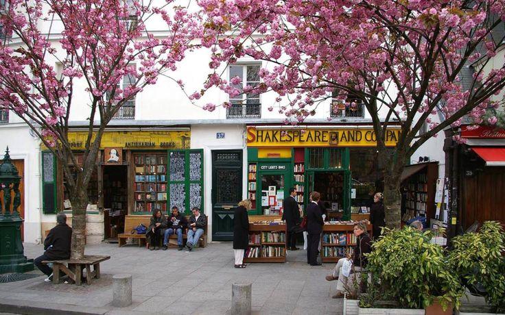 Best of Paris Brunch Spots and Bookshops