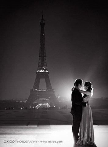 Monochrome In Paris