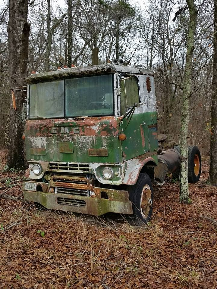 """411 best """"Salvage-Graveyard-Retired"""" Big Rigs images on ..."""
