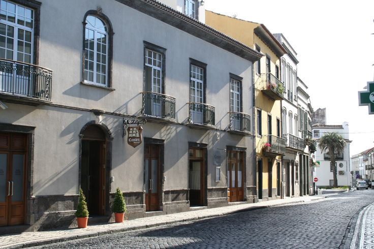 This 19th century historic building in central Ponta Delgada has recently been converted into a small, but comfortable hotel. The rooms are tastefully decorated