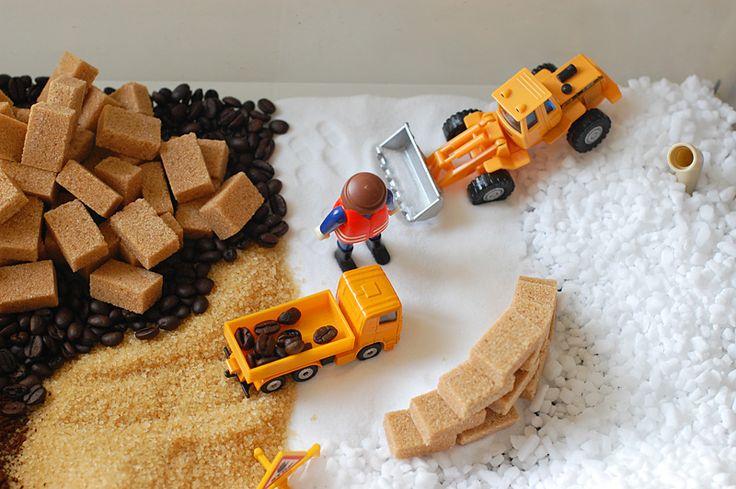bac sensoriel travaux / chantier de construction - construction site sensory bin