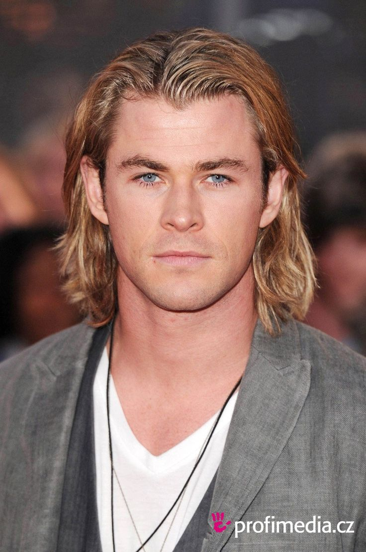 Best Of Long Surfer Boy Hairstyle Whoever Has Dark Colored Fluorescent Afro Look Of Your Hair Not R Chris Hemsworth Hair Long Hair Styles Men Mens Hairstyles