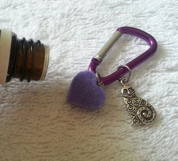 Buddy's Purple Cat Collar Aromatherapy Tag by Aromawearables