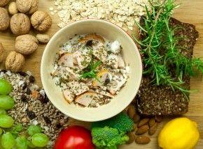 Czas na kolację :) Wędlina i serek to dobre połączenie :) http://www.eksmagazyn.pl/zdrowie-i-uroda/ekstra-kuchnia/serek-z-wedlina-na-kolacje/ #kuchnia #przepis #serek #przekaska