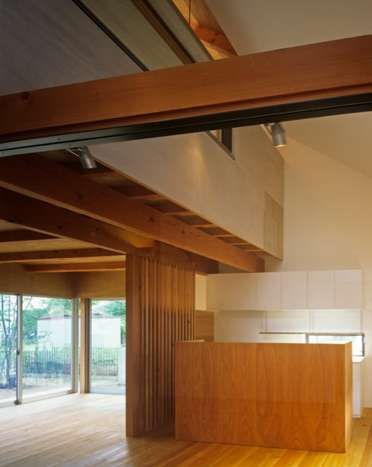 Cozy Lumber Lodgings : kobe house by keiichi sugiyama