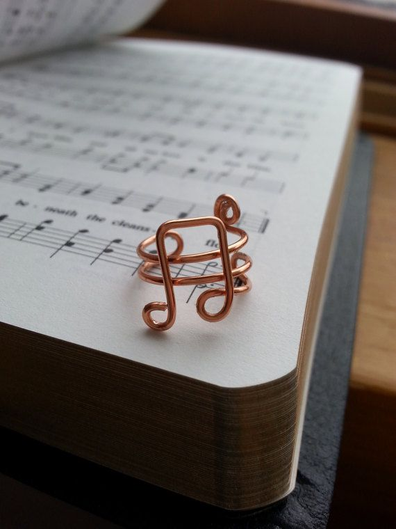 Check out this item in my Etsy shop https://www.etsy.com/listing/508372525/music-notes-ear-cuff