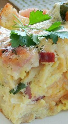 Cheesy Ham & Spinach Overnight Breakfast Casserole