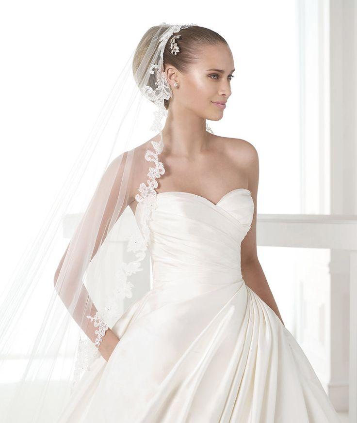 MODELO CASEY | Vestidos de novia de la colección Atelier 2015 - Pronovias