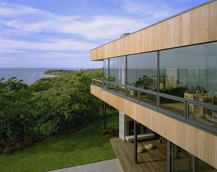 Bluff House by Robert Young Architects