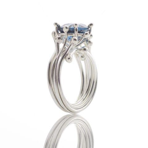 Anello con topazio blu - Yen Jewellery