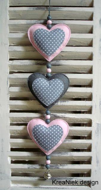 Kumaş Bezden Kalp Nasıl Yapılır? ,  #kalpliyastıkdikimi #kalpliyastıkyapımımodelleri #kumaşkalpdikimi #kumaştankalpyapımı , Bir çok süslemede kullanacağınız bezden kalp yapımını paylaşıyoruz. Sizlere nasıl bir süslemede kullanabileceğinize dair örnek resimlerd...