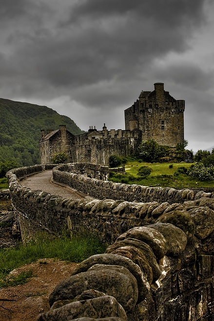In Scotland ... I would add wavering candlelight, an enormous fireplace, several braces of wolves, and an absolutely breathtaking thunderstorm. Oh, and the requisite dragon, of course.    http://jpgmag.com/photos/3277367