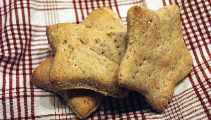 Hjemmelaget polarbrød er supergodt og ikke minst VELDIG enkelt å lage. Familievennlig mat som er god å spise og moro å lage.