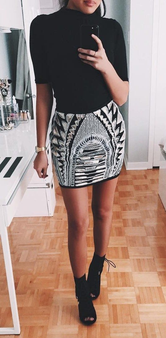 Black Top // Aztec Print Skirt // Black Laced Top Booties Source