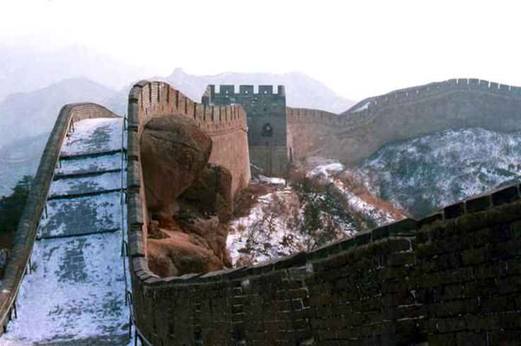Great Wall in the outskirts of Beijing after snow during Chinese New Year festival season in 1988 Phone by an American tourist - All Things Chinese - Google+