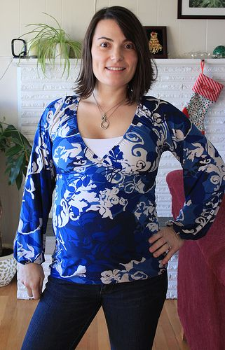 Tiffany // Twilltape. I love the fabric she chose for her Pina top (http://shop.megannielsen.com/product/mn1002)