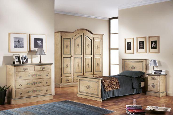 Bedroom Design with handpainted furniture items - Catalog Zanini
