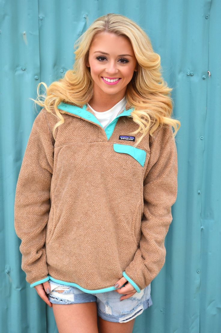 Patagonia Women's Re-Tool Snap-T Fleece Pullover- Light Sesame- Bear Brown from…