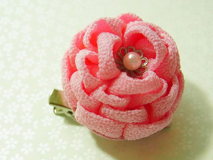 Tsumami Kanzashi flower brooch and hair clip  Kimono Chirimen crepe - BOTAN Peony(Pink) by chirimenbunny on Etsy