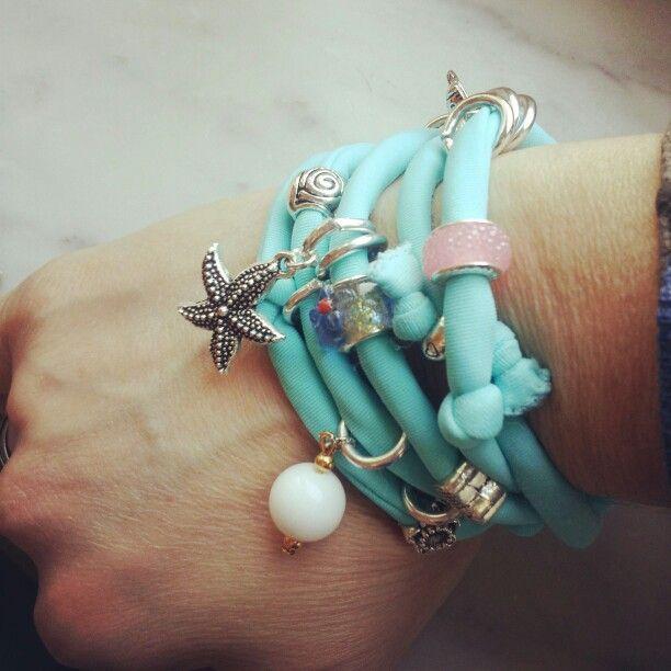 Collezione Patrice creation:modello Tiffany..bracciale in lycra color Tiffany con charms, ciondoli e pietre agata bianca...email:patriceartemoda@gmail.com...#bracelet#bijoux#accessory#madeinitaly#moda#fashion#outfit#trendy#necklace#tiffany#colors#charms#cute#handmade#creazioni#depop#instagram#followme#