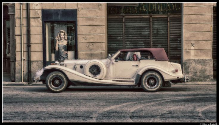 Roadster by Giancarlo Gallo
