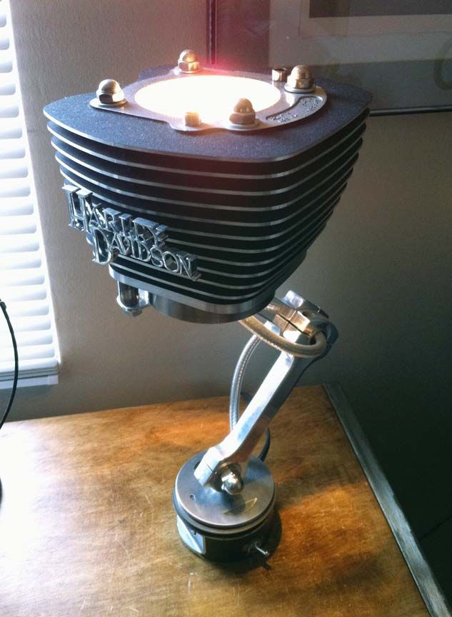 Nice set of jugs lamp. Using a repurposed cylinder, piston and dogbone risers from old Harley parts