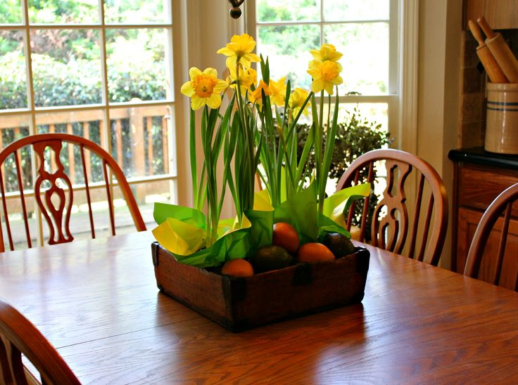 17 best ideas about everyday table centerpieces on simple dining table centerpiece with salt pepper cloth