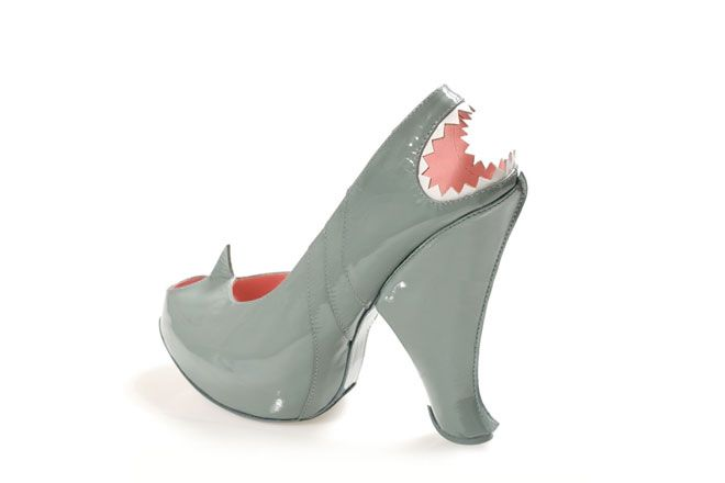 Uno squalo ai tuoi piedi, l'ultima collezione di Kobi Levi #scarpe #shoes