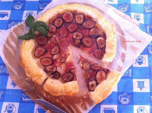 Hojaldre con Higos y Jamón/ Pasta Sfoglia di Fichi e Prosciutto Crudo