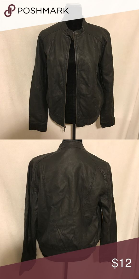 NWT Old Navy Leather jacket Perfect condition, Faux leather bomber style jacket is adorable for any occasion Old Navy Jackets & Coats