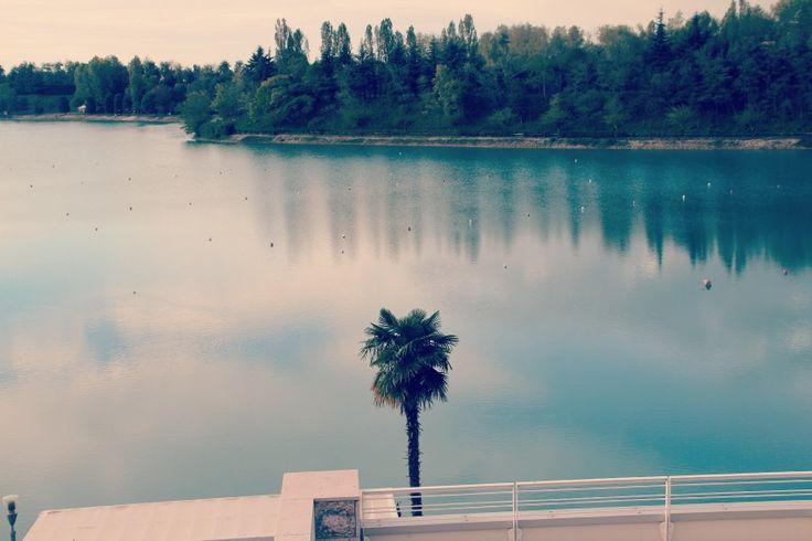 Thai Si Royal Thai Spa : vivi la magia della Thailandia a Treviso - vista sul lago Le Bandie - dal blog di @Alessia Milanese