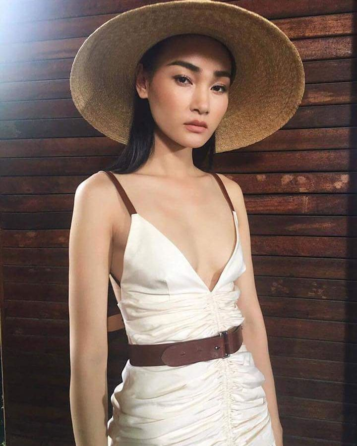 Me at backstage  #behindthescenes #quoteoftheday #potd #motivation #bts #photoshoot #beauty #model #asian #face #highfashion #paris #vietnam #girls #womenmanagement #vietnamese #followforfollow #likeforlike #magazine #runway #catwalk #topmodel #parisfashionweek #womenfashion