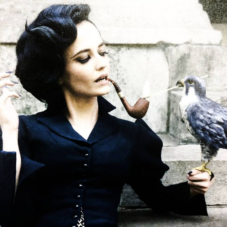   NEW: Eva photographed behind the scenes of her upcoming film, Miss Peregrine's…