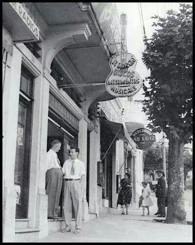 1940 - Rua Voluntários da Pátria em Santana.