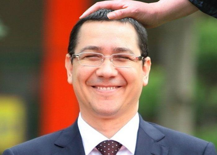 Vizita lui Ponta în SUA, un real succes: A fost mângâiat pe cap şi i s-a dat un bol de Chappi