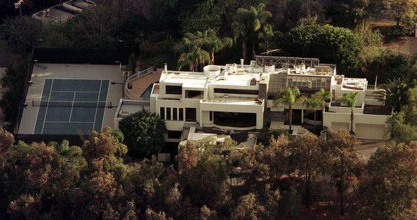 Best 25 celebrities homes ideas on pinterest homes for Leblanc custom homes