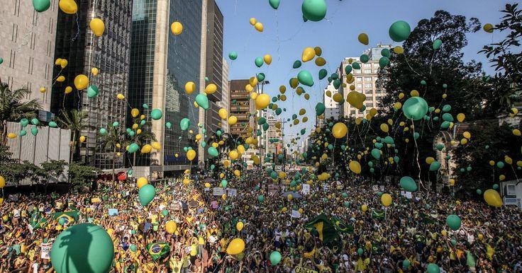 Milhares voltam a protestar contra o governo Dilma em São Paulo