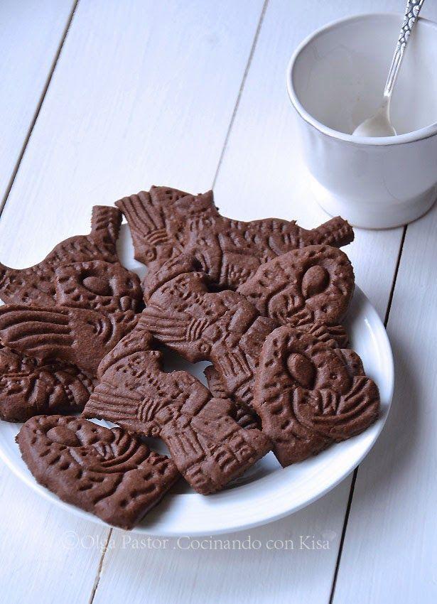 Hoy vengo con más chocolate si la semana pasada fueron la trufas de calabaza especiadas en esta ocasión son unas galletas que harán la de...